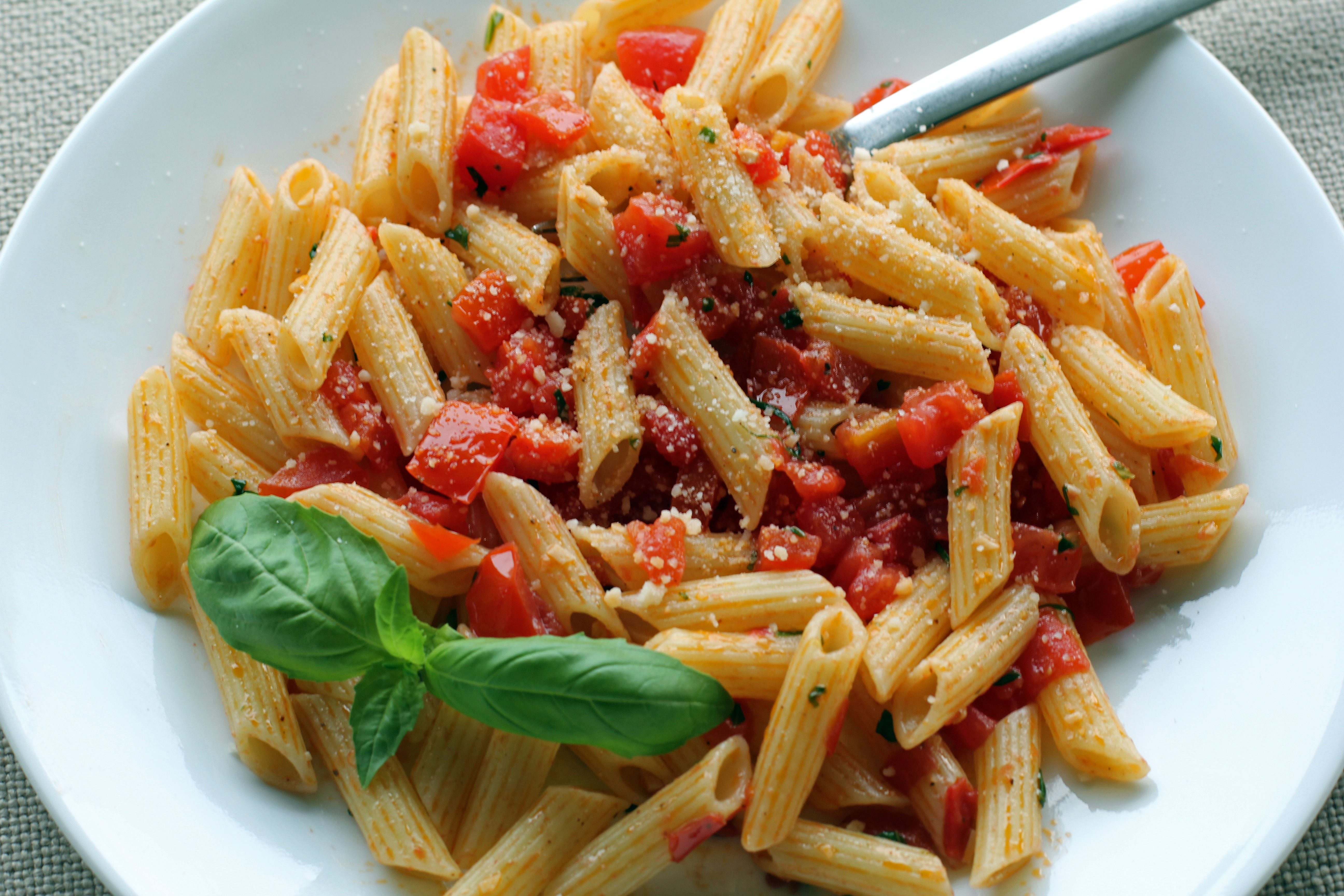 Fresh Tomato and Garlic Penne